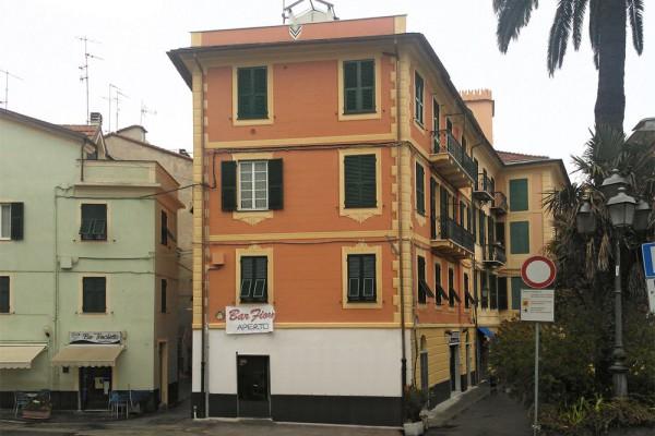 Piazza_Dante_01